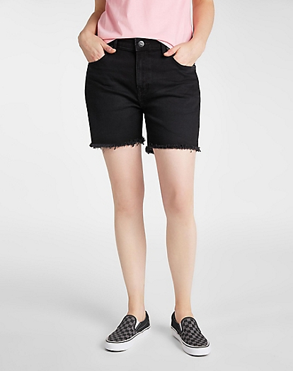 Boyfriend Short in Black Worn