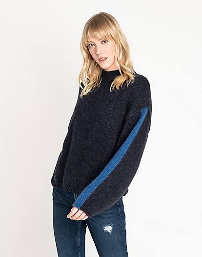 Chunky Knitwear in Midnight Navy