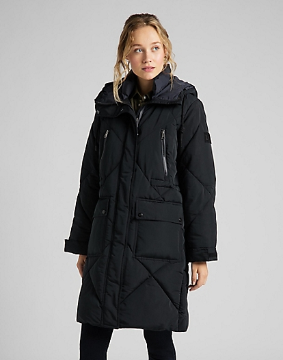 Elongated Puffer Jacket in Black