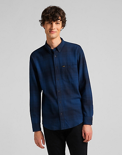 Riveted Shirt in Washed Blue