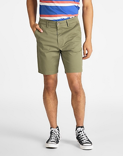 Chino Short in Lichen Green