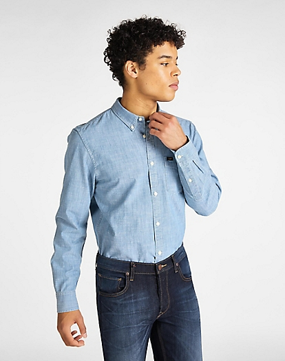 Button Down Shirt in Summer Blue