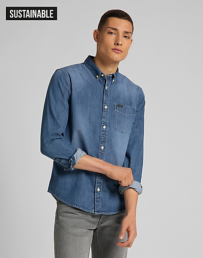 Button Down Shirt in Tide Blue