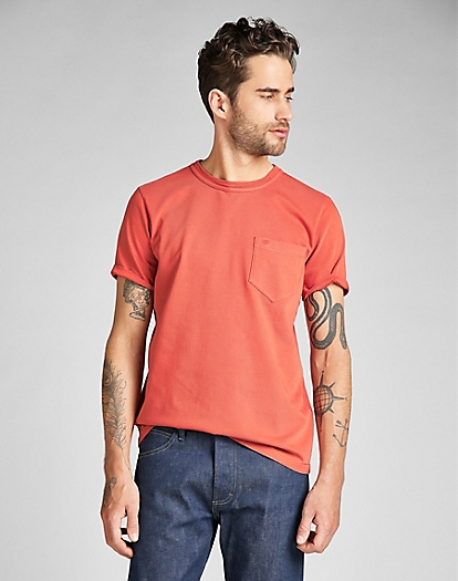 101 Pocket Tee in Aurora Red